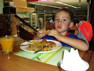 Eating at Bambu, Montevideo