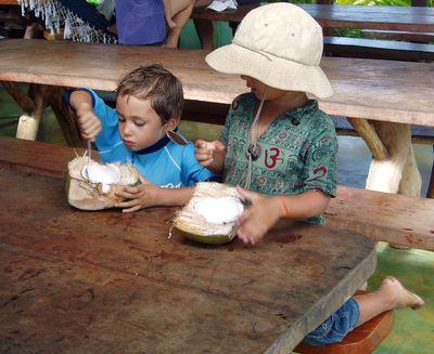 Piracanga children