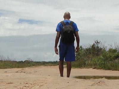 Walk to Piracanga